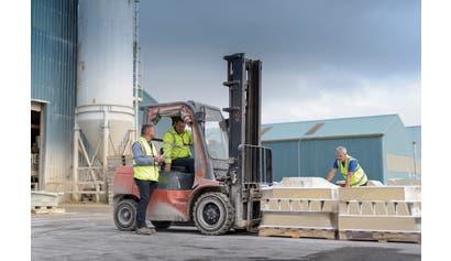 Forklift Hazard Awareness for All Industries
