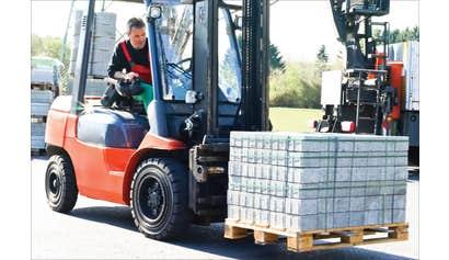 Forklift Operator Certification Preparation for Construction